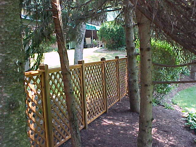 Wood Fence Installers Pittsburgh