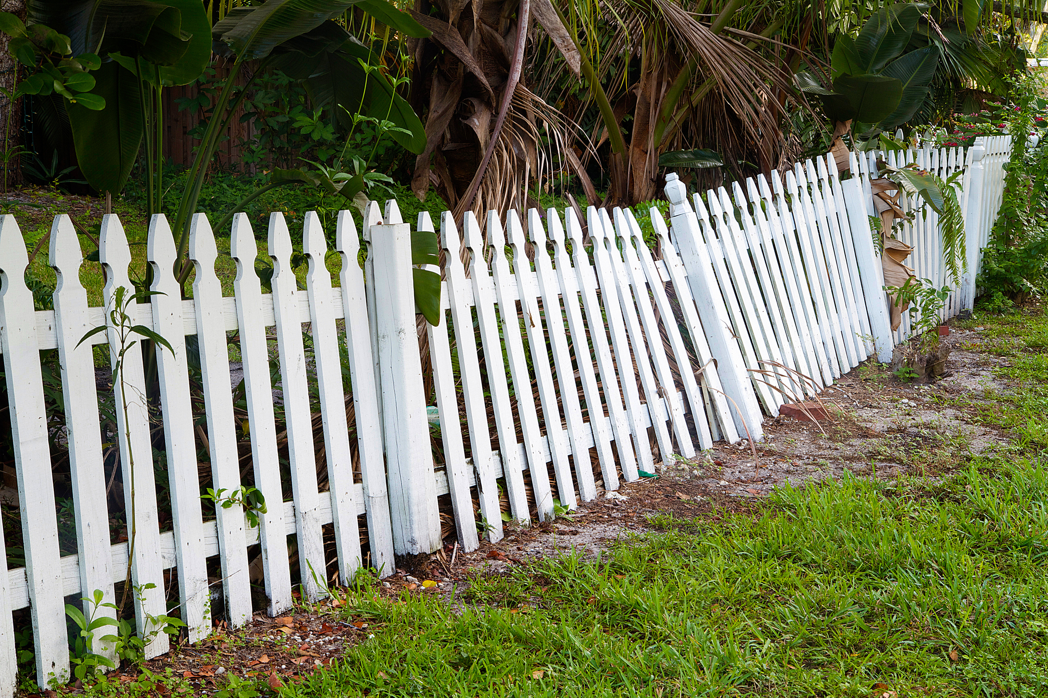 Leaning Fence Repair