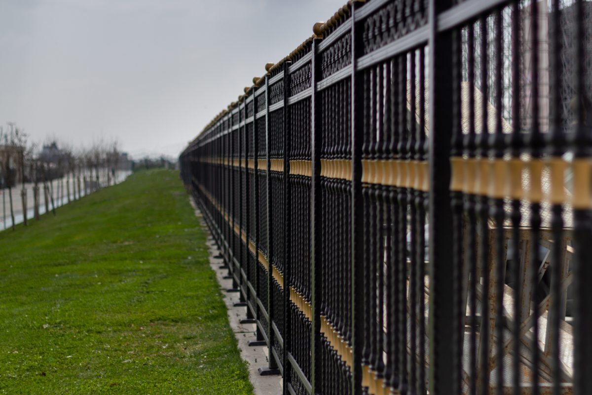 10 Types Of Commercial Fencing